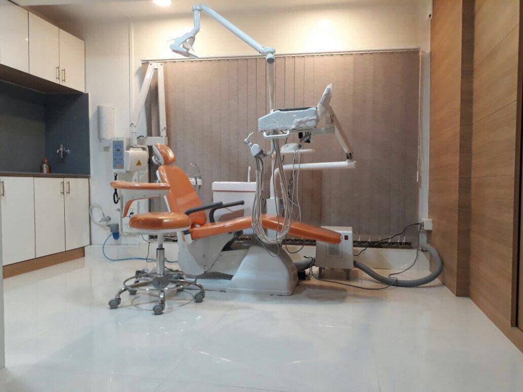 dental-shillong-dentist-clinic-teeth-treatment-chair